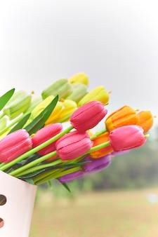 Boeket van tulpen in de lente