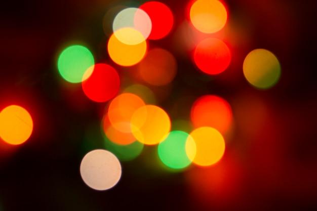 Bokeh kleurrijke lichten op zwart