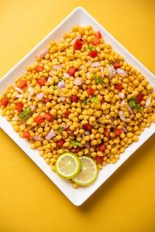 Boondi chaat of bundi bhel, populair snackproduct langs de weg uit india