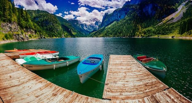 Boot op de pier