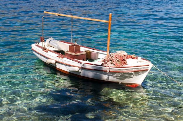 Boot op zee