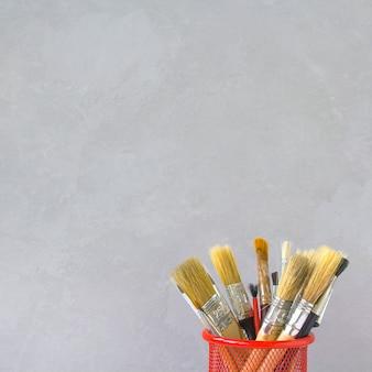 Borstels voor het tekenen van grijze achtergrond