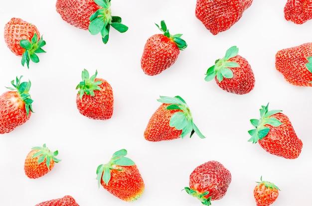 Bos van rijpe aardbeien