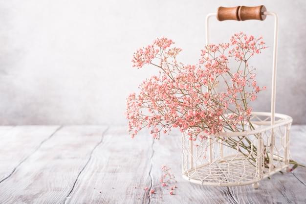 Bos van roze gypsophila