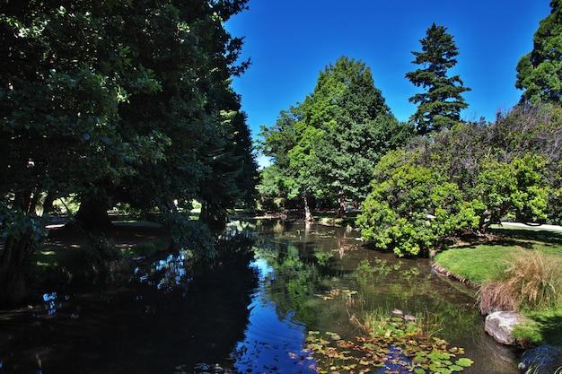 Botanische tuin in queenstown-stad, nieuw zeeland
