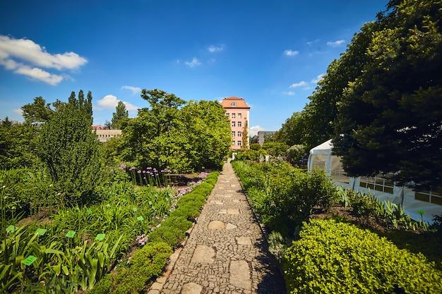 Botanische tuin van de universiteit in wroclaw, polen.