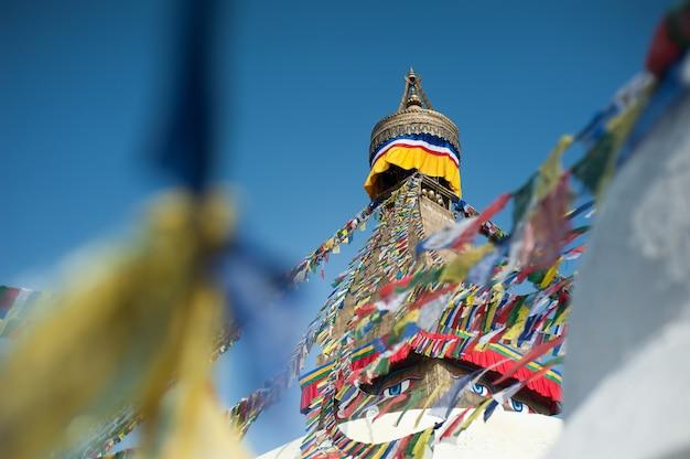 Boudhanath stupa in de vallei van kathmandu, nepal
