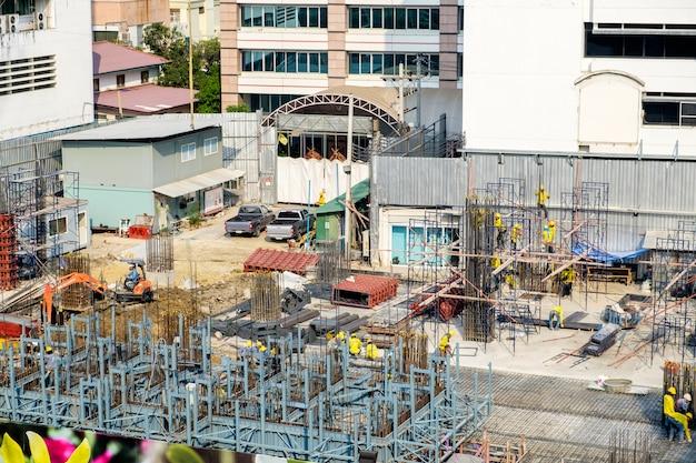 Bouw industrie werknemer en gebouw