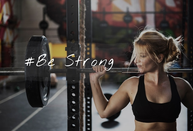 Bouw je eigen lichaam kracht fitness oefening krijg fit