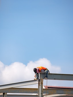 Bouwer lassen op hoogbouw stalen frame