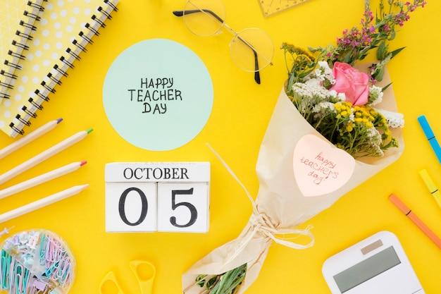 Boven weergave bloemen op gele achtergrond