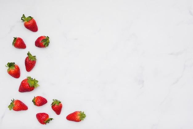 Bovenaanzicht aardbeien