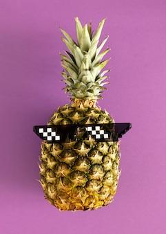 Bovenaanzicht ananas bril