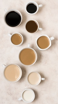 Bovenaanzicht arrangement van heerlijke gradiënt koffie soorten