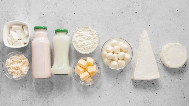 Bovenaanzicht arrangement voor zuivelproducten