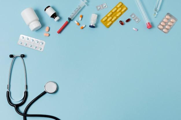 Bovenaanzicht assortiment gezondheidsstillevens met kopie ruimte