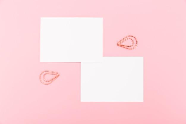 Bovenaanzicht briefpapier visitekaartjes concept