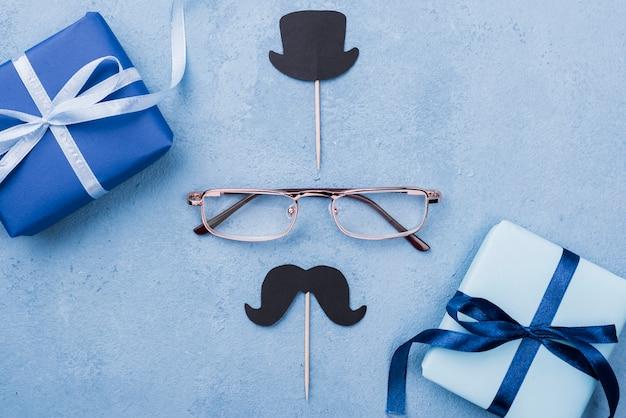 Bovenaanzicht bril met hoge hoed en snor