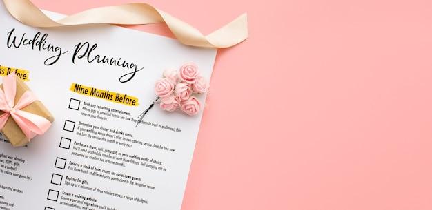 Bovenaanzicht bruiloft planner kopie ruimte