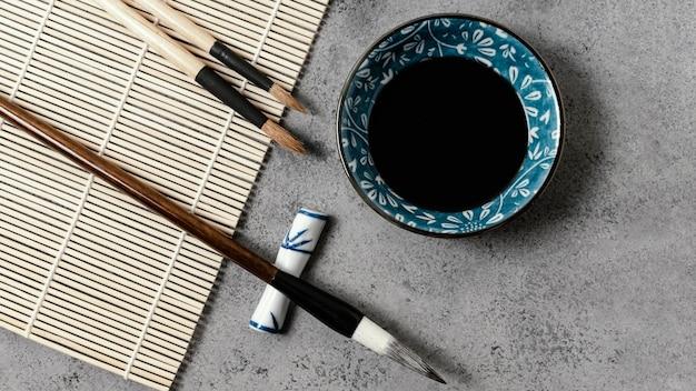 Bovenaanzicht chinese inkt elementen samenstelling