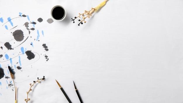 Bovenaanzicht chinese inkt met kopie ruimte