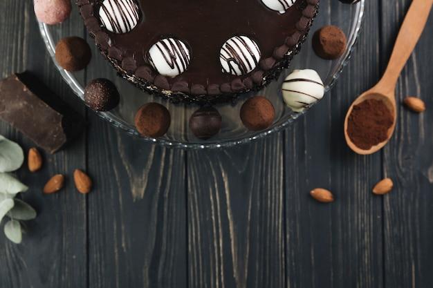 Bovenaanzicht chocoladetaart