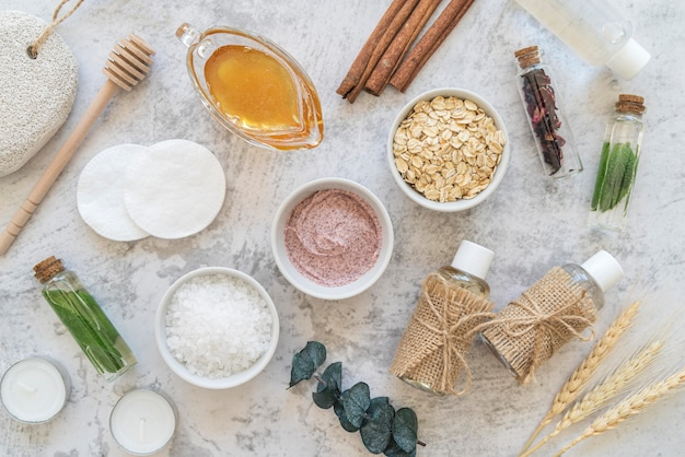 Bovenaanzicht cosmetische producten behandeling