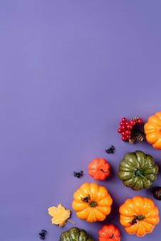 Bovenaanzicht creatief halloween arrangement