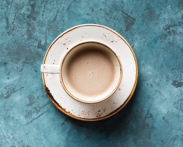Bovenaanzicht creatief koffie-assortiment