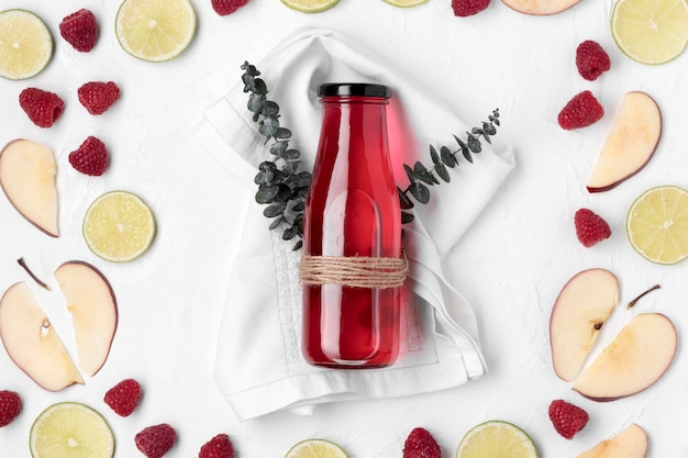 Bovenaanzicht detox fruitdrank