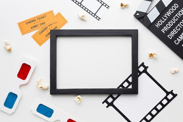 Bovenaanzicht film elementen op witte achtergrond