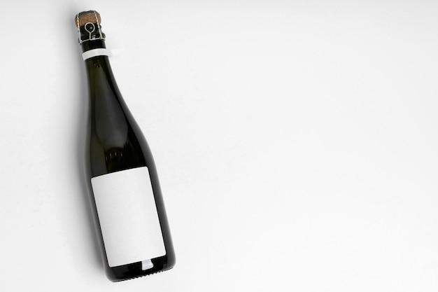 Bovenaanzicht fles met kopie-ruimte