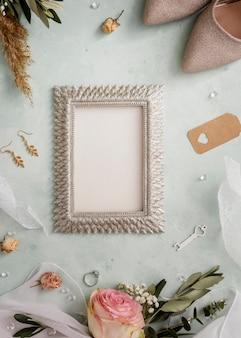 Bovenaanzicht frame en bruiloft ornamenten