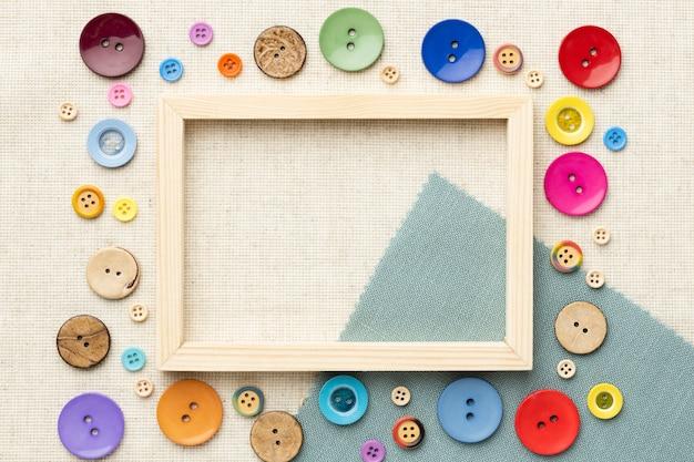 Bovenaanzicht frame met kleurrijke knoppen