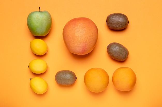 Bovenaanzicht fruit groepsarrangement