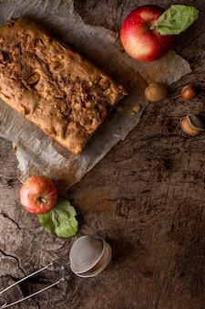Bovenaanzicht gebakken dessert arrangement