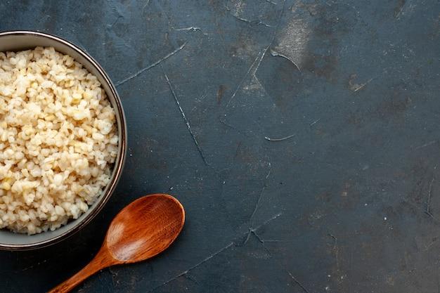 Bovenaanzicht gekookte alkmaarse gort