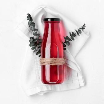 Bovenaanzicht gezonde drank met plant