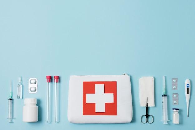 Bovenaanzicht gezondheid stilleven arrangement met kopie ruimte