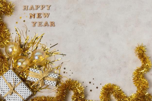 Bovenaanzicht gouden thema voor nieuwjaarsnacht