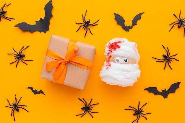 Bovenaanzicht griezelige halloween-elementen