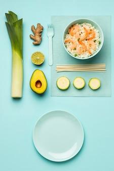 Bovenaanzicht groenten en visdieet