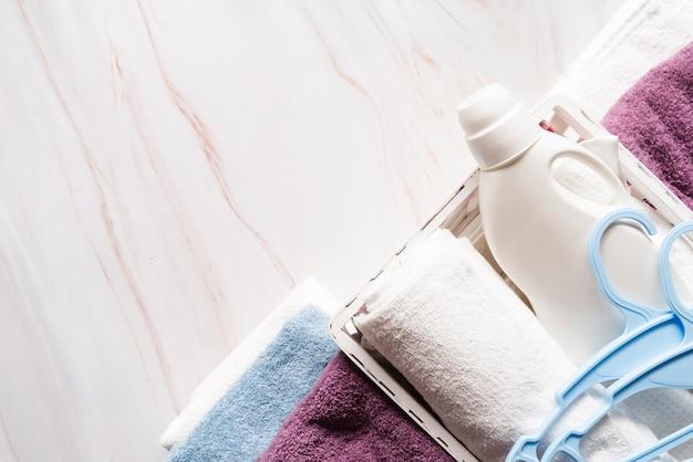 Bovenaanzicht handdoeken met wasverzachter
