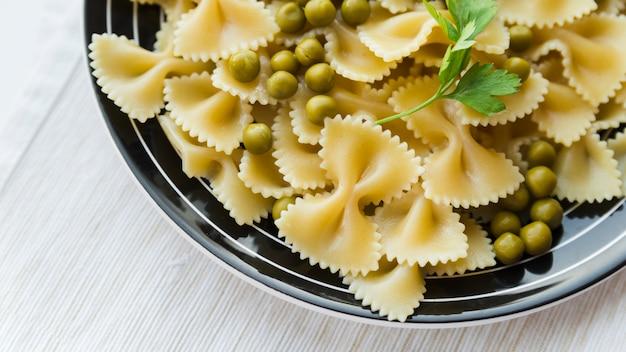 Bovenaanzicht heerlijke pastagerecht