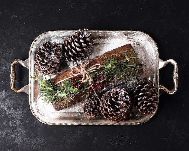Bovenaanzicht heerlijke taart speciaal gemaakt voor kerstmis