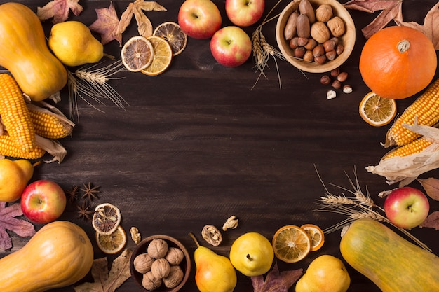 Bovenaanzicht herfst voedsel circulaire frame