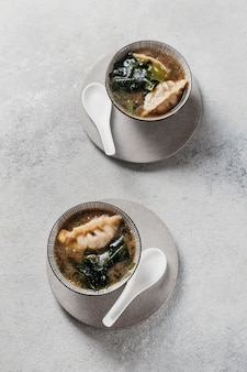 Bovenaanzicht japanse maaltijd