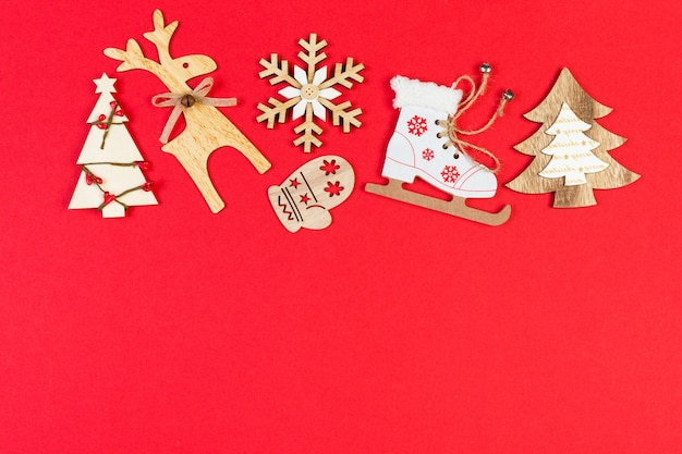 Bovenaanzicht kerst speelgoed en decoraties
