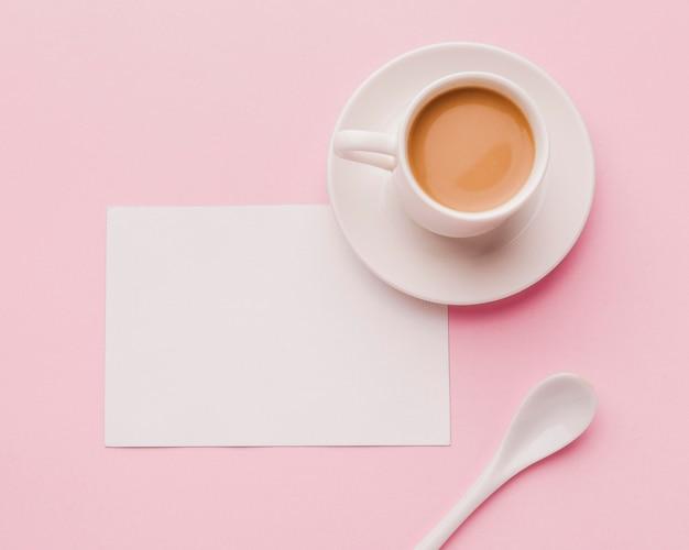 Bovenaanzicht kopje koffie