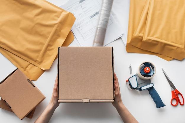 Bovenaanzicht levering verpakkingsproces